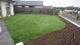 New Look Landscapes Dunedin Lawn and Bark